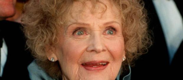 Gloria Stuart, atriz que interpretou Rose, em ''Titanic''