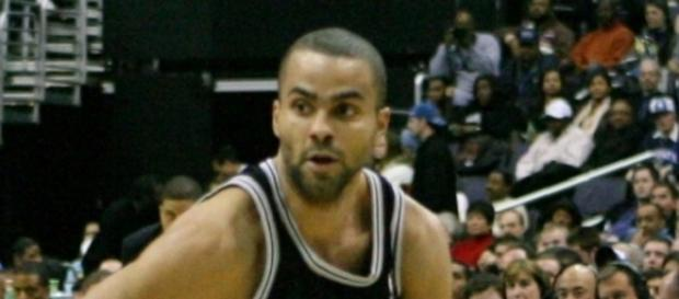 Tony Parker will continue his rehabilitation from surgery with the Spurs (Image Credit: Keith Allison/WikiCommons)