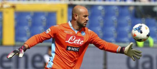 Calciomercato Napoli Reina - calciomercatonews.com