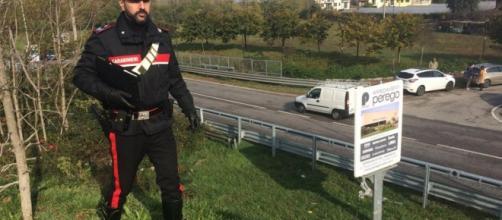 Carabinieri effettuano rilievi