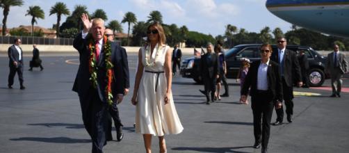 En route pour l'Asie, Donald Trump fait une première escale à ... - bfmtv.com