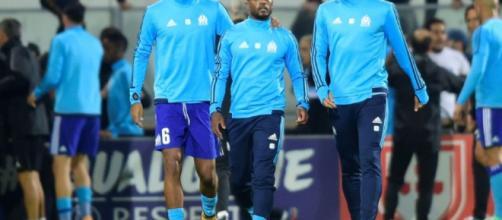Marseille: décision de l'UEFA le 10 novembre pour Evra - Libération - liberation.fr