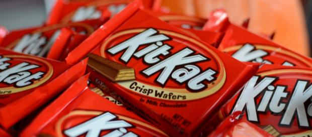 A British teacher asked parents' permission for their children to eat KitKat in class. [Image credit: slgckgc/Flickr/CC BY 2.0]