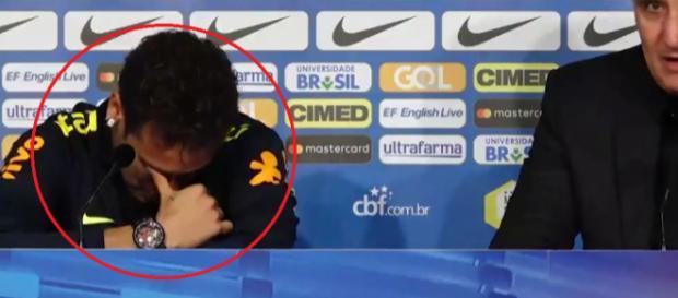 Neymar a craqué face aux questions des journalistes (DR).