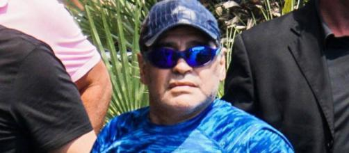 "Maradona se ofrece como ""soldado"" a Nicolás Maduro | Internacional ... - elpais.com"