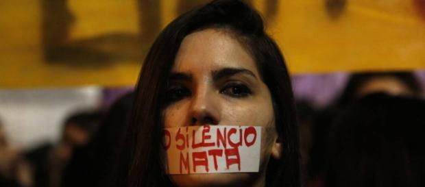 Mulheres protestam contra cultura do estupro em São Paulo - Jornal ... - globo.com