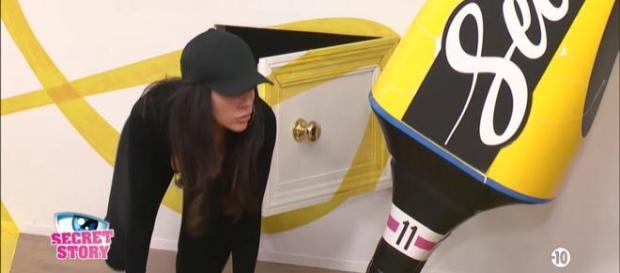 Secret Story 11 : Les internautes pensent que la mission infiltration de Laura a été truquée !