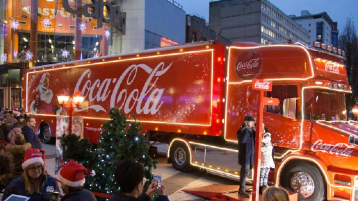 festive holidays and the coca cola christmas truck - Coca Cola Christmas Commercial
