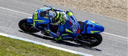 Andrea Iannone con la sua Suzuki