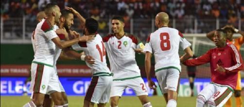 La grande gioia dei giocatori del Marocco dopo la vittoria che vale la qualificazione ai Mondiali 2018