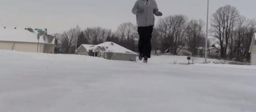 Winter running can sometimes be difficult. -- YouTube screen capture / Tips4Running