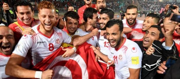 La alegría tunecina por la clasificación a 'Rusia 2018' (Foto: www.cronicatv.com.ar)