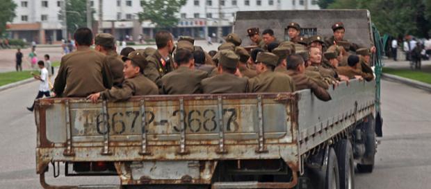 Soldiers of North Korea. (Image credit – Roman Harak, Wikimedia Commons)
