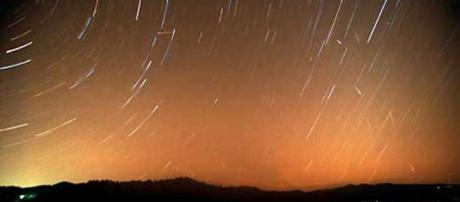 Celestial magic / Leonid meteor shower delights sky watchers - SFGate - sfgate.com