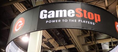 GameStop PowerPass service temporarily suspended (Wochit Business/YouTube)