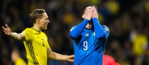 Belotti disperato con la maglia della nazionale italiana - Calcioefinanza.it