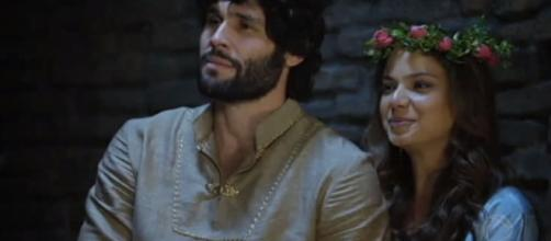 Lázaro se casa com Joana na novela (Foto: Reprodução/RecordTV)