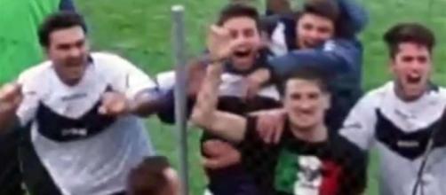 Marzabotto, calciatore fa il saluto romano dopo il gol