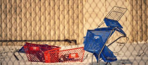 Retail apocalypse: Big Lots & Burlington Coat Factory shopping carts. [Image credit: Nicholas Eckhart/Flickr]