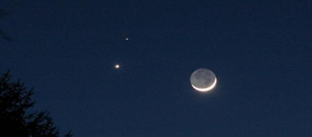 Il bacio tra Giove e Venere ha fatto svegliare presto gli appassionati