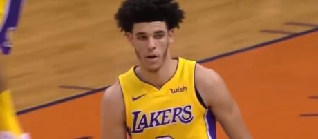 Lakers rookie Lonzo Ball got benched versus the Suns -- Real GD's Latest Highlights via YouTube