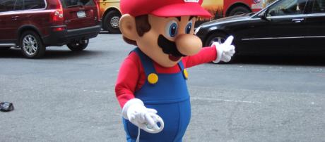 Nintendo's Mario Kart Wii promo event outside the Sheraton New York in NYC, April 24, 2008. [image credit Rob Dicaterino/ Flickr]