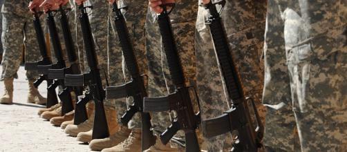 Military drops ban on mental illness [Image via Enquirer (@Enquirer) | Twitter]
