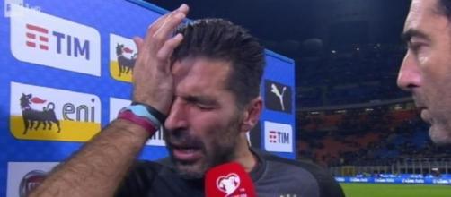 Le lacrime di Gigi Buffon dopo l'eliminazione dell'Italia
