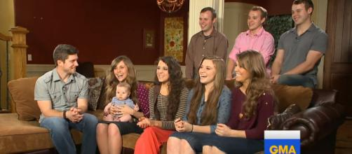 Why can't the Duggar kids use social media before marriage? - [GoodMorningAmerica/YouTube screencap]