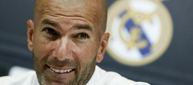 ¡Decidido! Zidane se cansa y declara transferible a un titular indiscutible