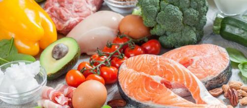 Dieta chetogenica, tutto quello che devi sapere per dimagrire ... - improntaunika.it