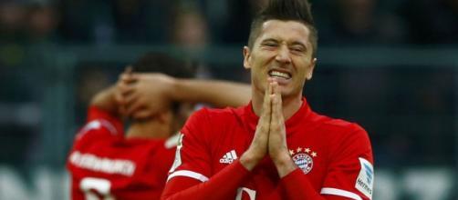 El Bayern busca otro delantero que acompañe a Lewandoski - elespanol.com