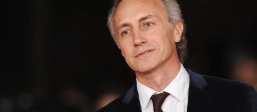 Marco Travaglio: dopo la reazione allo scherzo de 'Le Iene' sul GF Vip, la risposta di Ilary Blasi.