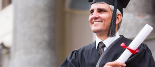 Riscatto laurea dipendenti privati: novità dall'Inps