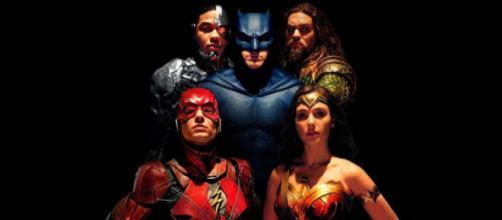 Les plus grands héros de DC Comics réunis en un seul film.