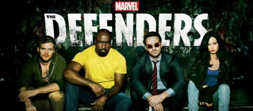 Los héroes de Marvel no se irán de Netflix tan pronto.