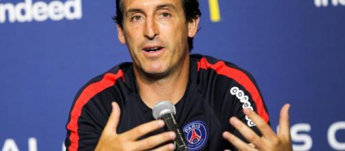 Unai Emery propose aux fans de faire la compo de PSG-Lyon - bfmtv.com