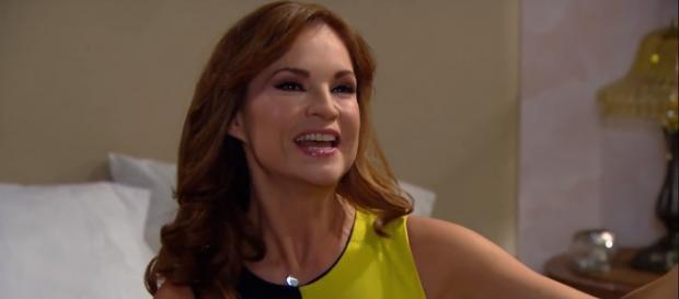 Mariana planeja se livrar de Fernanda e Hernani é contra