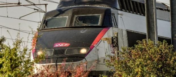 SNCF: la grève des services publics ne devrait pas perturber le ... - challenges.fr