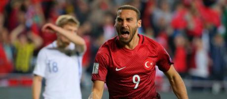 Cenk Tosun, attaccante del Besiktas che piace alla Juventus