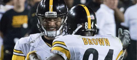 Roethlisberger and Brown connected for three touchdowns. (Flickr - Keith Allison)