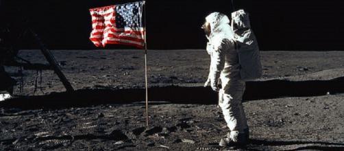 Apollo astronaut on the moon [image courtesy NASA]