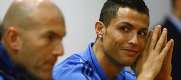 Cristiano Ronaldo: Zinedine Zidane should stay on as Real Madrid ... - eurosport.com