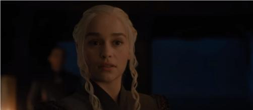 Daenerys' conversation with Varys hints at his deat in 'Game of Thrones' Season 8. [Image Credit:Axhol3Rose/YouTube]