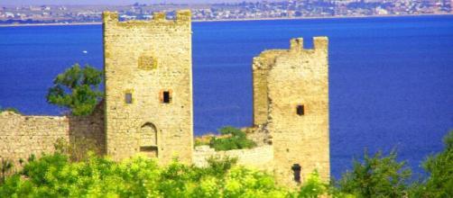 Fortezza genovese di Caffa, Crimea.