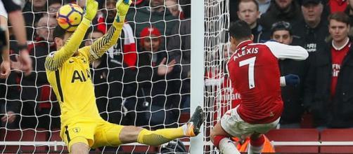 Sánchez fez o segundo gol da partida