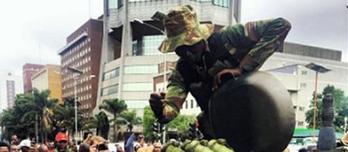 Zimbabeeans celebrate the military after 'coup' - Image credit Tafadzwa | Twitter