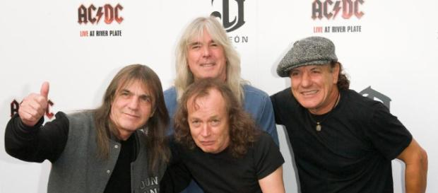 Malcolm Young dead - AC/DC guitarist and co-founder dies aged 64 ... - thesun.co.uk