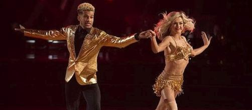 """Jordan Fisher and Lindsay Arnold in the lead on """"Dancing with the Stars"""" [Anna Marie/YouTube screenshot]"""
