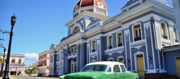 Cienfuegos en la caribeña Isla de Cuba. - visitarcuba.org